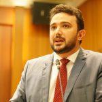 Dr. Yglésio tem quatro leis aprovadas em um dia