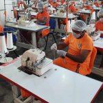 Governador determina que presos confeccionem 1 milhão de máscaras