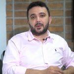 """""""Onde há fumaça, há fogo"""", diz Yglésio sobre preços abusivos de farmárcias de manipulação"""