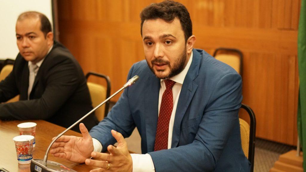 Turiaçu: Deputado Yglésio solicita ação de reparos da MA-209.