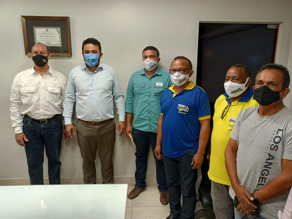 Rodoviários solicitam apoio de Yglésio para a vacinação da classe.